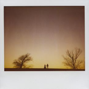 Свадьбы тоже снимают на Polaroid