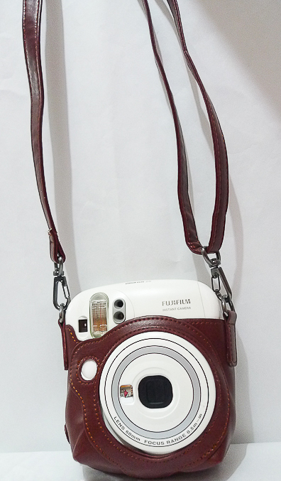 Сумка для моментальной камеры Fuji Instax 25 Mini. Цвет - коричневый