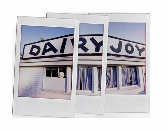 Панорамная фотография, сделанная из карточек fujifilm instax mini