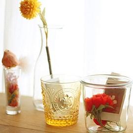 Instax-стакан как элемент декора