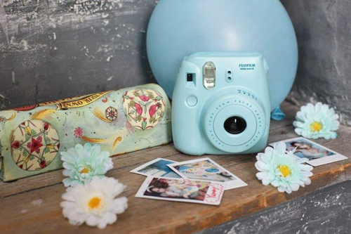 fujifilm-instax-mini-8-blue