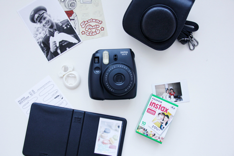 fujifilm-instax-mini-8-black-kit-blog