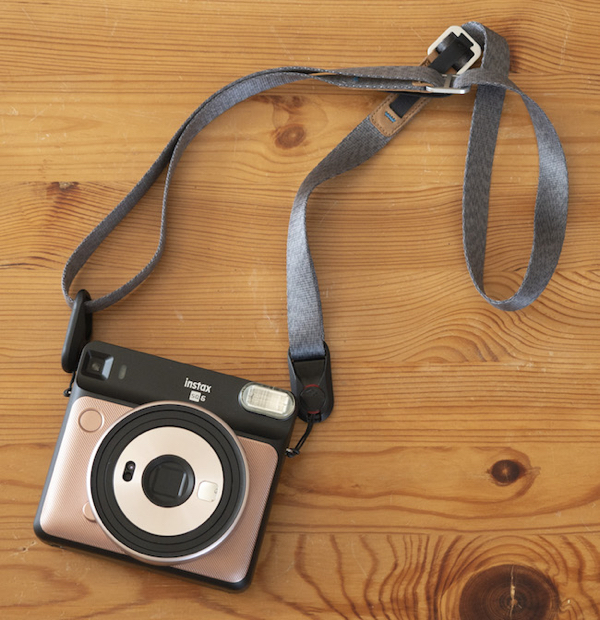 fuji-instax-square-sq6-strap